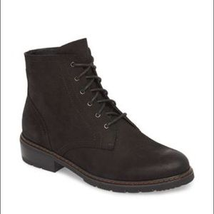 Blondo Vinny Black Waterproof Boots